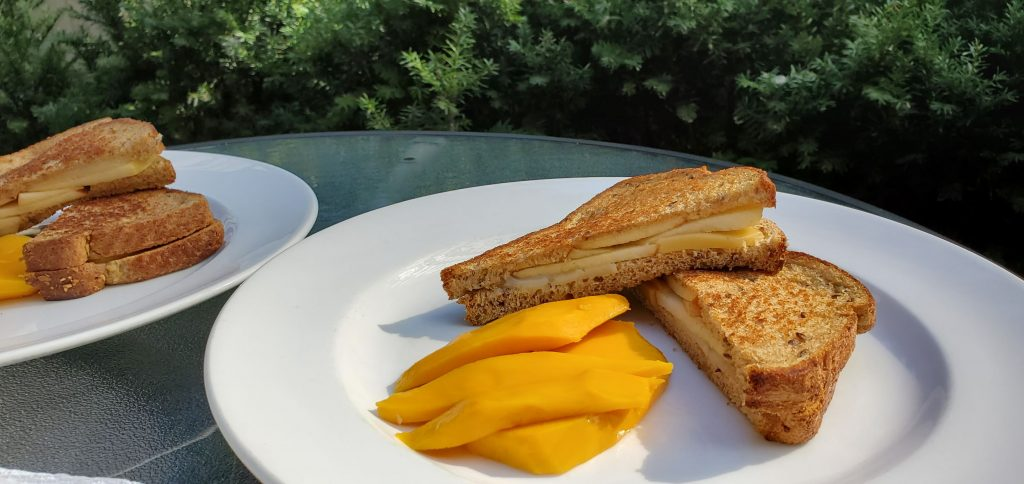 Simple Appled Grilled Cheese Sandwich