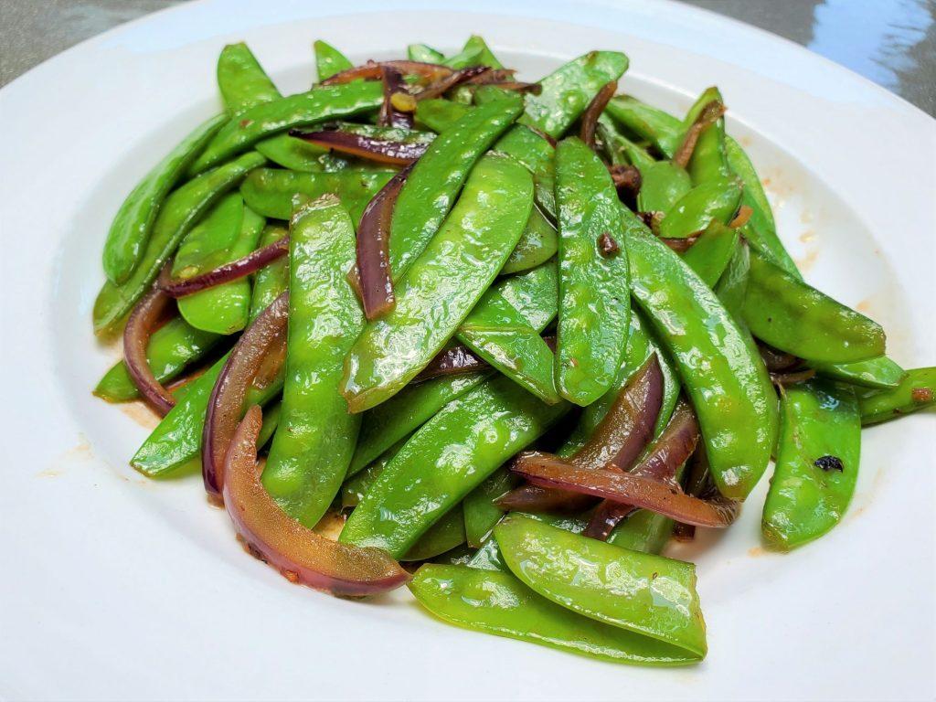 Easy Tasty Stir-Fry Snow Peas