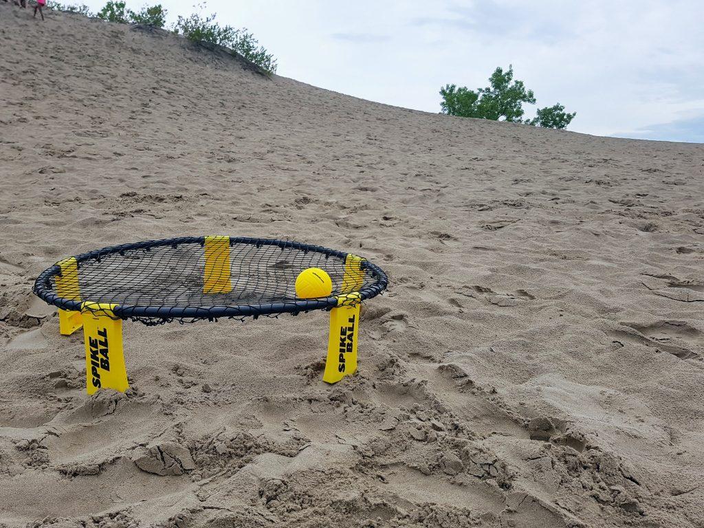 Exploring Sandbanks - Spike Ball