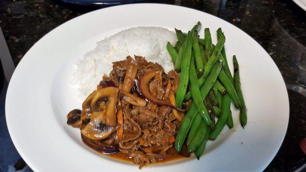 Bulgogi Bulgogi Beef on Rice with Green Beans